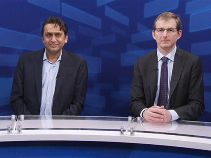 Implications of Subclinical Leaflet Thrombosis in TAVR/SAVR