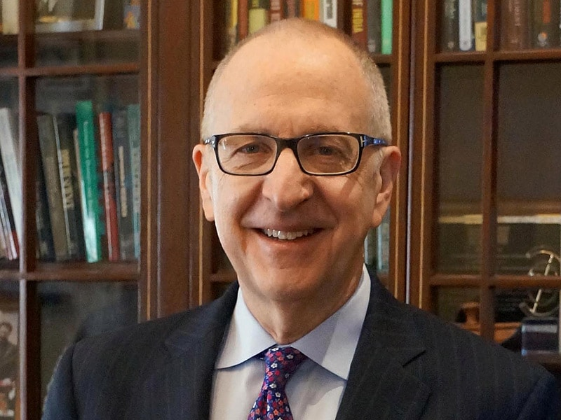 Arts and Medicine: An Interview With the Smithsonian Secretary