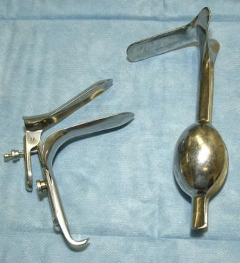 Side opening Graves and weighted speculum.
