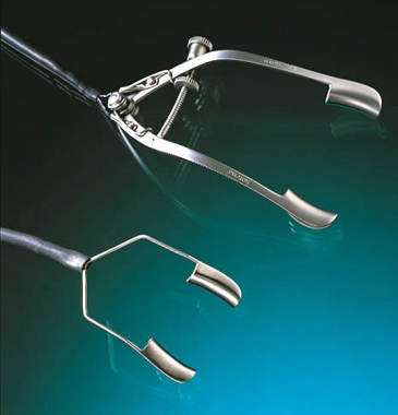 Hyperopia, conductive keratoplasty. Speculums. Pub