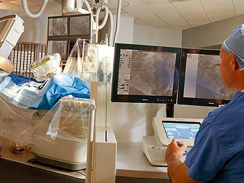 Robot-Assisted PCI Works for Complex Lesions in Cohort Study