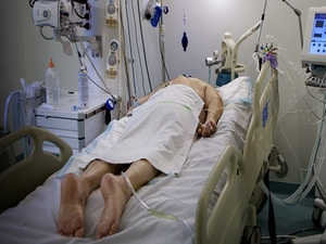 Repositioning Patients in Respiratory Distress Recommended