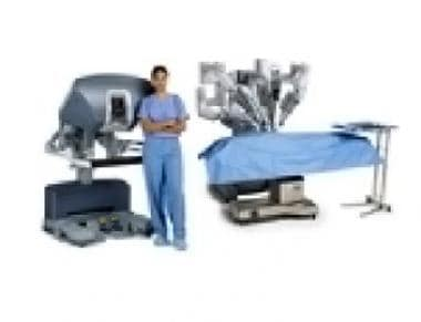 The daVinci Surgical System. ©2011 Intuitive Surgi