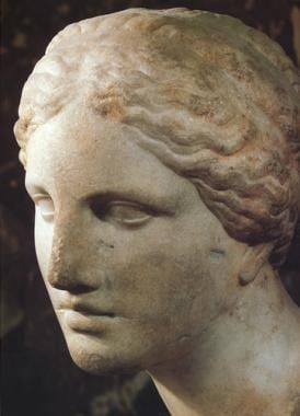 "Praxiteles' ""Aphrodite"" from 450 BCE was considere"
