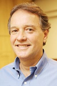 Dr. André Volschan