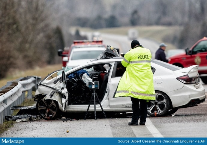 US Traffic Deaths Up 7% Last Year, Highest Number Since 2007    DETROIT (AP) — US traffic deaths rose 7% last year, the biggest increase in 13 years even though people drove fewer miles due to the coronavirus pandemic, the government's road safety agency reported Thursday. Health