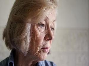 Alzheimer Drug Plus SSRI May Cut Depression, Improve Cognition