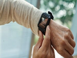 HRS, Industry Team Up on 'Wearables' Best-Practices Guidance