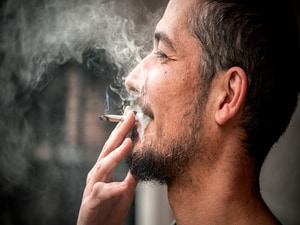 Men's Marijuana Use Linked to Elevated Miscarriage Risk